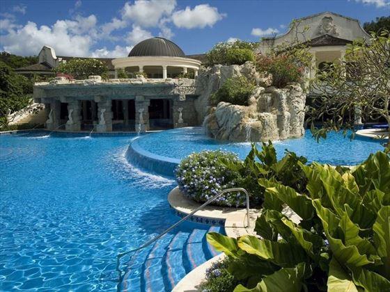 Sandy Lane spa pool