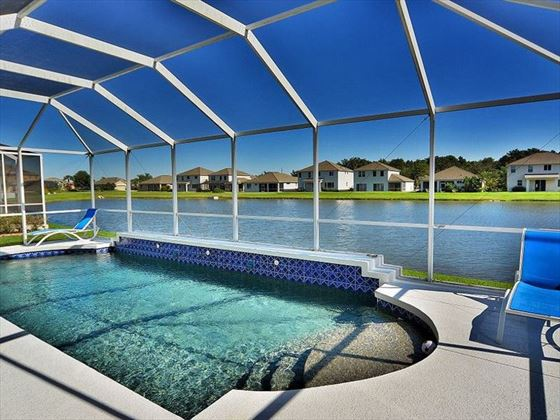 Sarasota Bradenton Area Pool Homes swimming pool