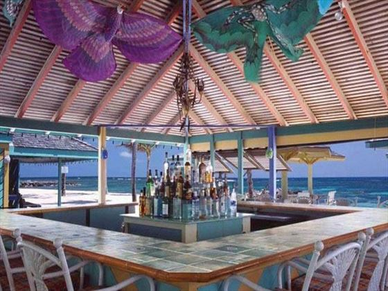 Sea Breeze bar at Nisbet Plantation Beach Resort