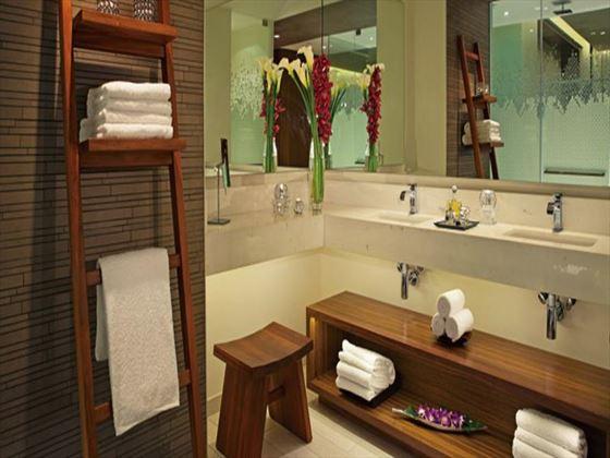 Secrets The Vine bathroom
