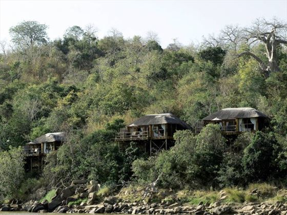 Serena Mivumo River Lodge exterior