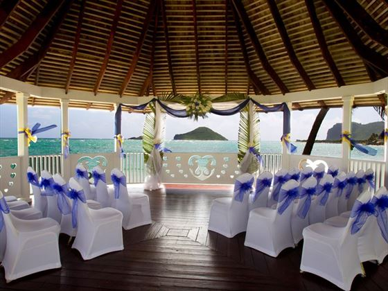 Wedding gazebo setting, Coconut Bay