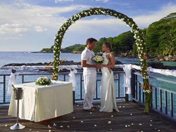 Bride & Groom at the Seychelles Northolme Resort