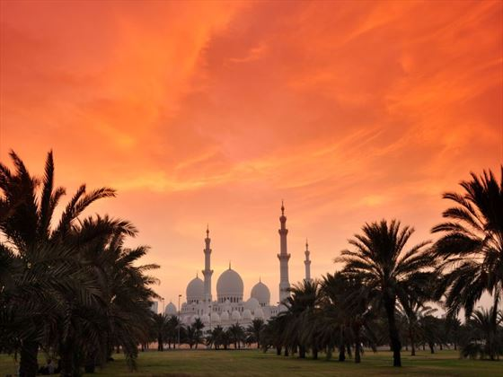 View of Sheikh Zayed mosque at sunset