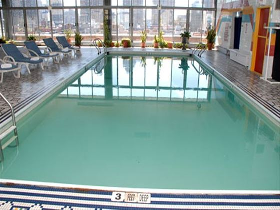 Skyline Hotel Swimming Pool