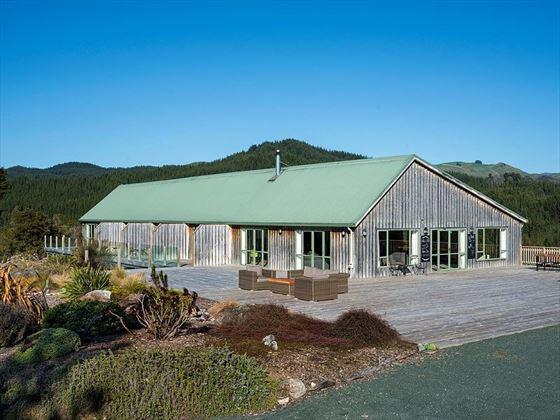 Split Apple Lodge exterior