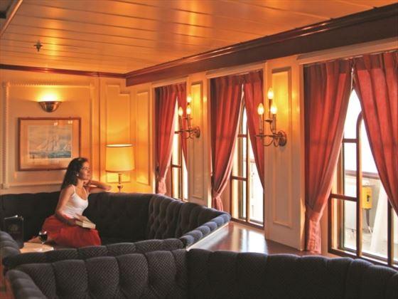 Star Clipper Lounge