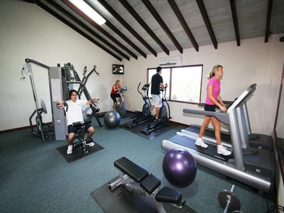 Sugar Cane Club Hotel & Spa gym