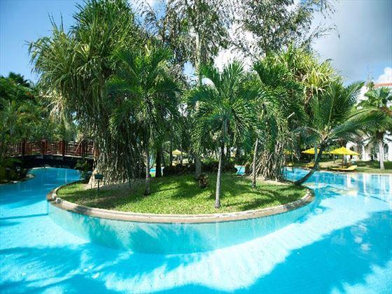 The swimming pool at Sarova Whitesands Beach Resort & Spa