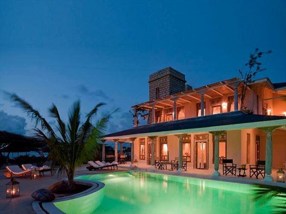 The Majlis pool