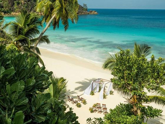 Beautiful beach wedding, Four Seasons Resort Seychelles