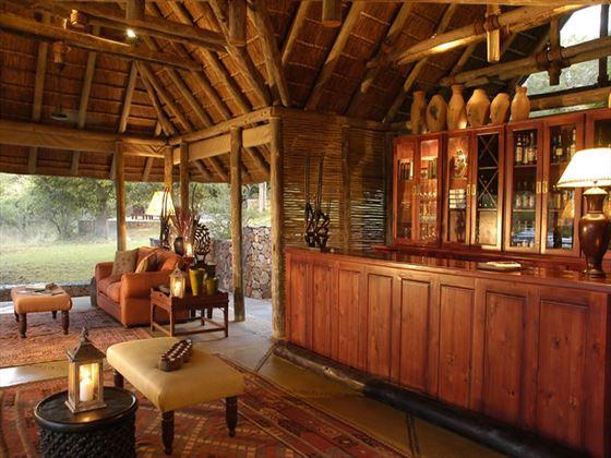Thornybush Game Lodge bar