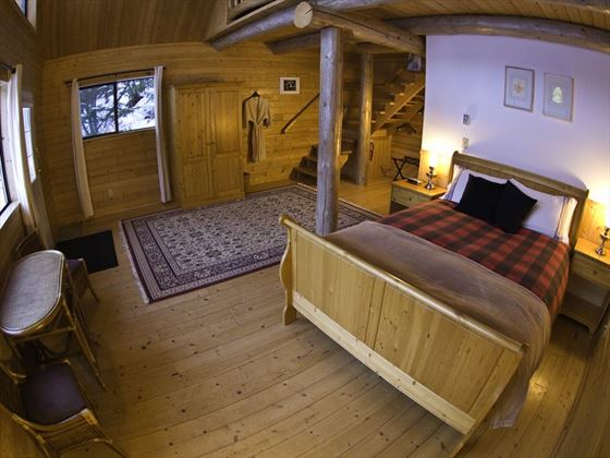 Tweedsmuir Park Lodge, Loft Cabin
