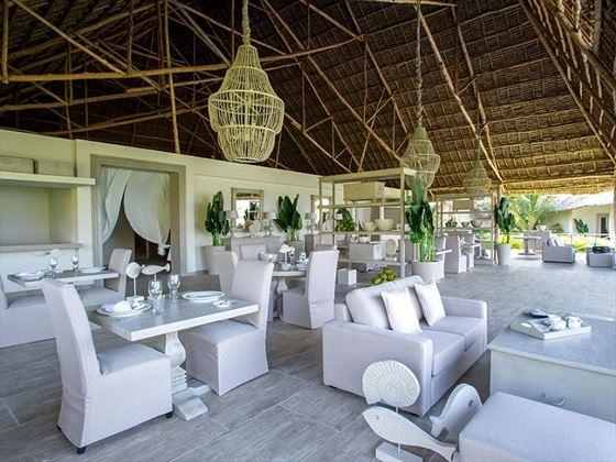 Zawadi Hotel Driftwood Dining Room