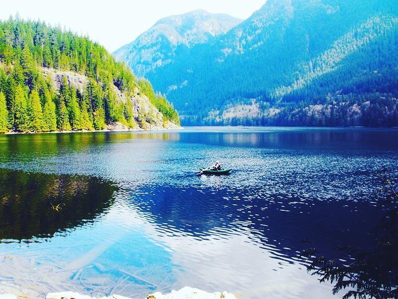 buntzen lake vancouver