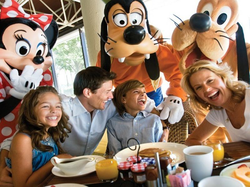 character breakfast at watercress cafe at buena vista palace