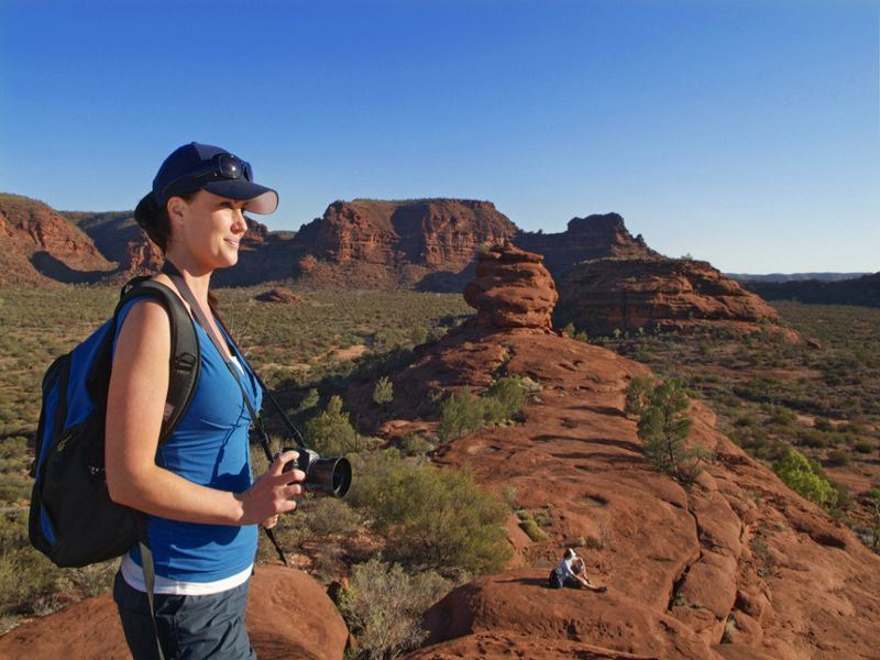 hiking in the red centre   tourism australia  tourism nt