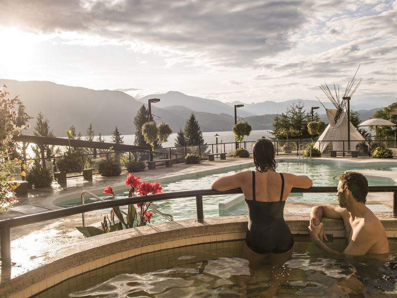 kootenay rockies hotsprings1