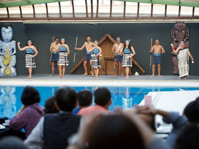 maori revue by the pool at the millennium hotel