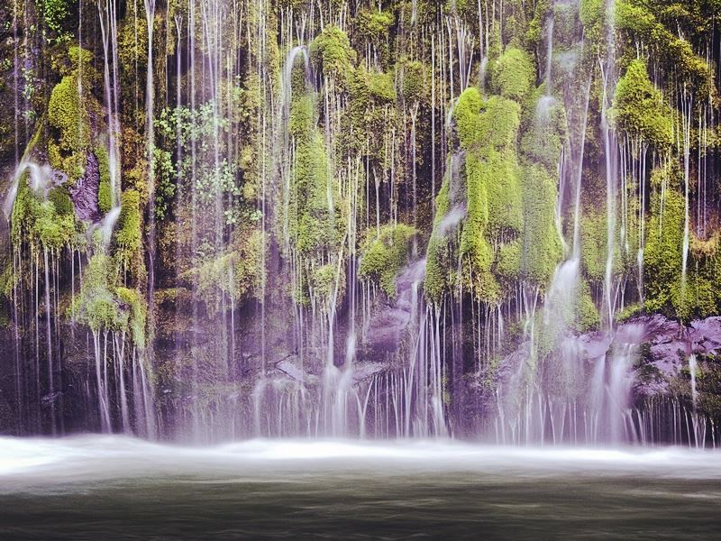 mossbrae falls on the edge of dunsmuir california
