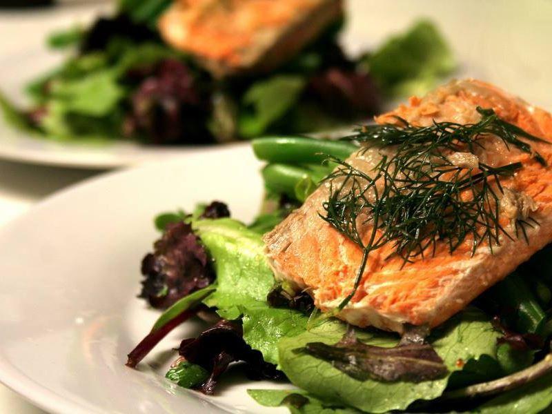 seafood dish gulfstream restaurant kelowna
