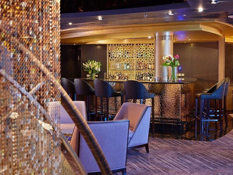 seven seas mariner stars lounge