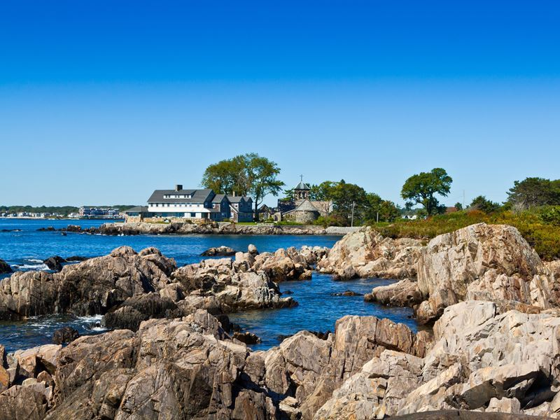 shoreline in kennebunkport maine