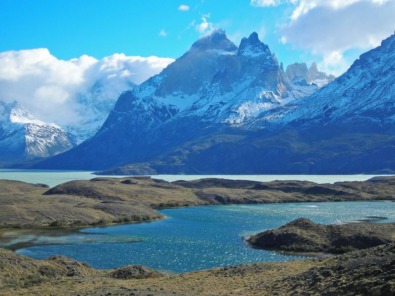 torres del paine mountain views