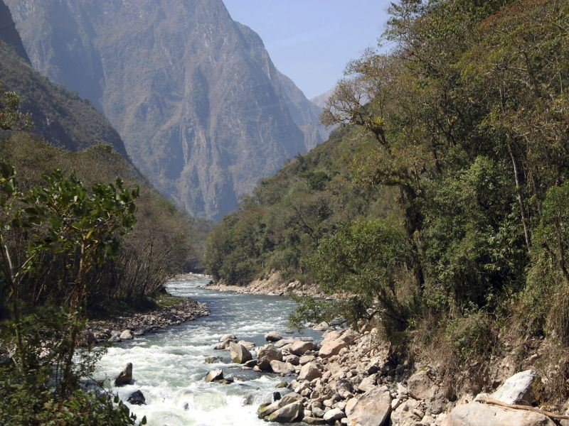 urubamba valley peru