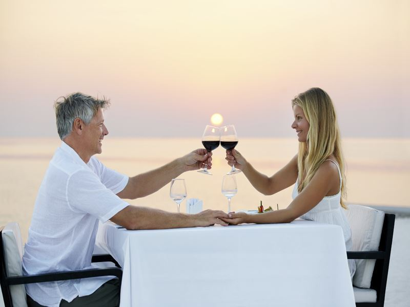 wedding dining couple