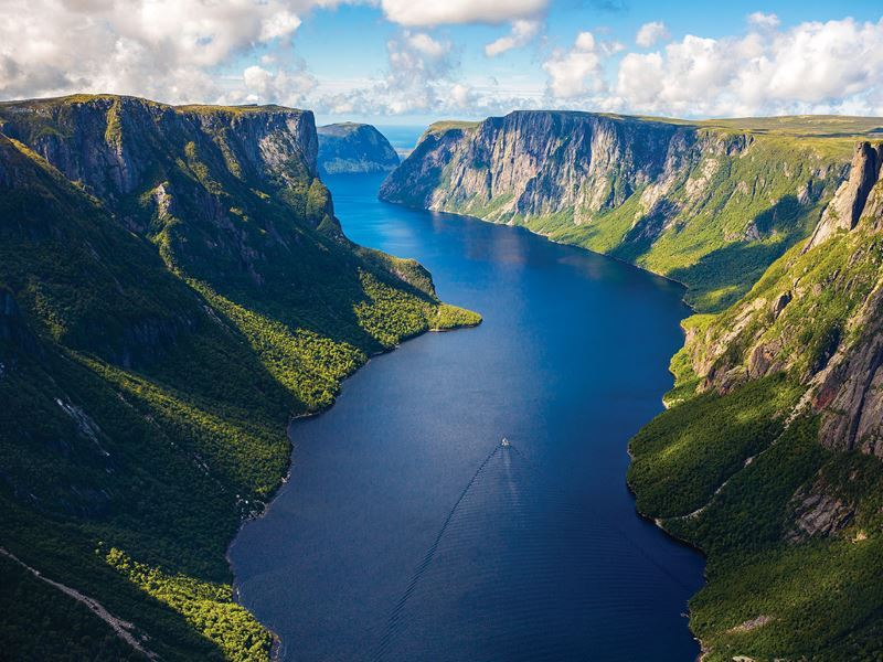 western brook pond tour boat gros morne national park