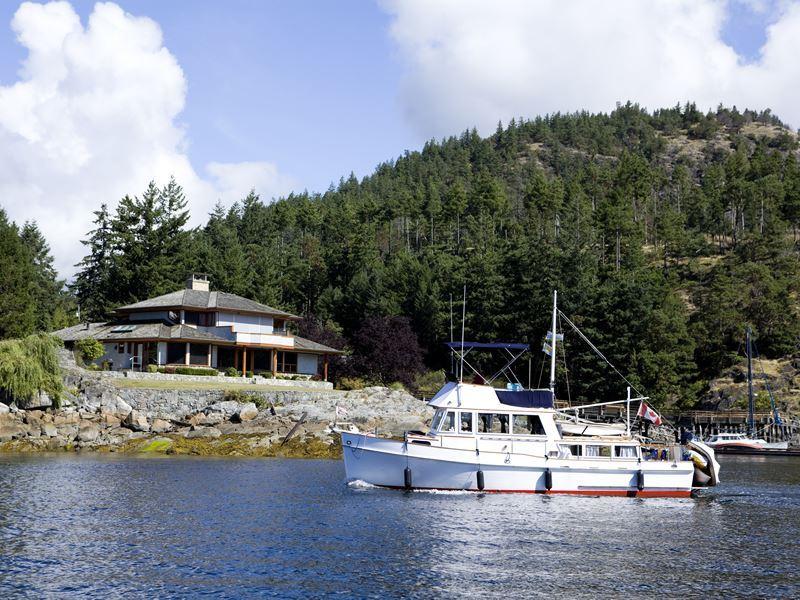 yacht pender harbour near sechelt bc